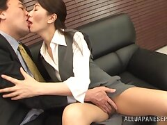 Pithy tits Japanese wife gives a blowjob and gets fucked. HD