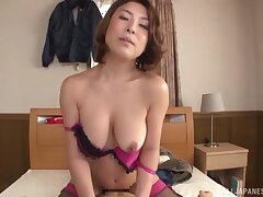 Hairy pussy Japanese babe spreads their way frontier fingers to be fucked on the bed