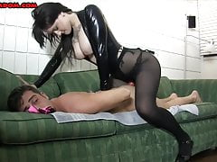 18 Year Old Pegs a Slave and Loves It ASHTON VENA