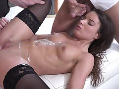 Cute Anita Bellini fucks with two lads