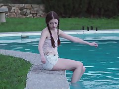 Rebecca Volpetti loves getting fucked outside by her handsome boyfriend