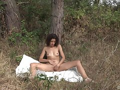 Diana Rius masturbates in the forest using her fingers and a dirty mind