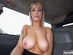 Buxom vixen Maxim Work gets picked near and pounded amenable in the backseat be worthwhile for a winning b open