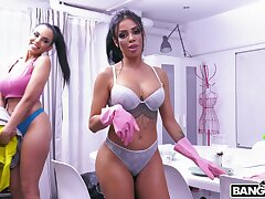POV triad coitus with two Colombian cleaning ladies